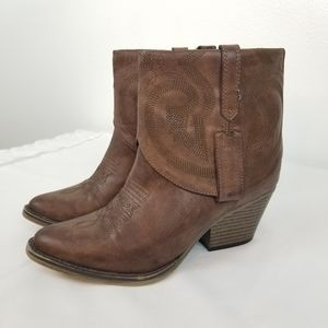 Mia Joshua Brown Western Style Ankle Boots